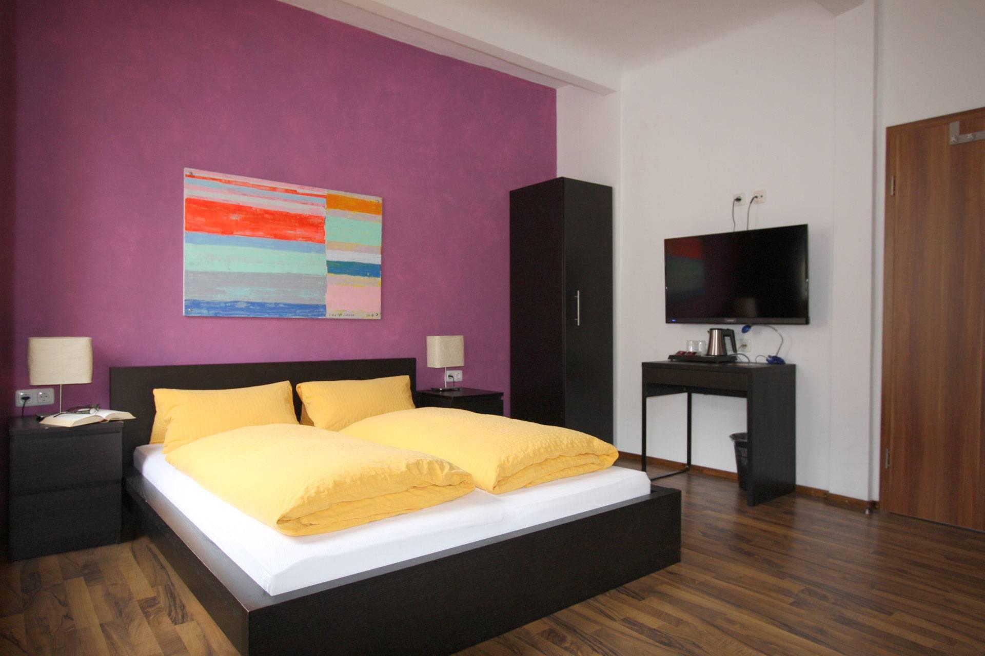 Standard Doppelzimmer | Standard Double Room